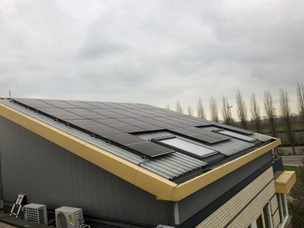 AEH levert diverse projecten op met in totaal 350 tot 500 zonnepanelen
