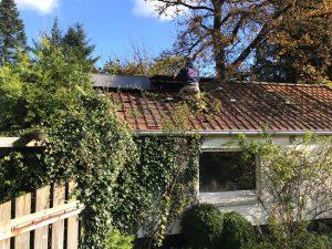 De installatie van zonnepanelen bij Peter